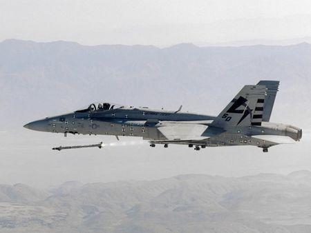 Uy luc ten lua AIM-9X vua ban ha may bay Nga - Anh 6