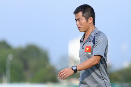 HLV U21 Viet Nam: Toi nghe noi Hoang Anh Gia Lai khong biet phong ngu - Anh 1