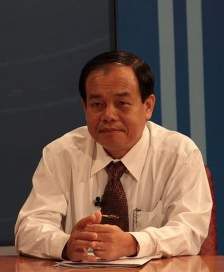 Che Chu tich tinh tren Facebook: So TT&TT phai kiem diem - Anh 1