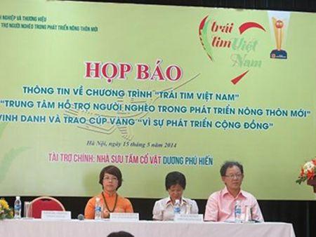 "Bo Cong an vao cuoc vu ""Trai tim Viet Nam"" - Anh 1"