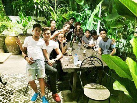 Hoang Thuy Linh khong muon nhac chuyen tinh Vinh Thuy - Anh 7