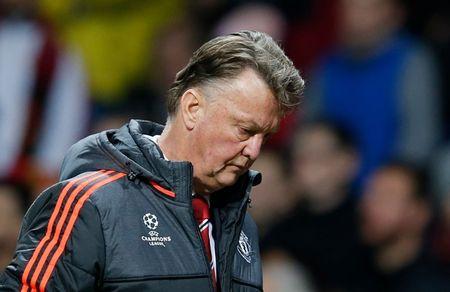 Hang cong 'hoa go', Man United mua day buoc minh - Anh 9