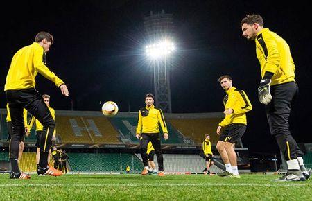 Vang Reus, Dortmund van binh than cuoi dua tai Krasnodar - Anh 5