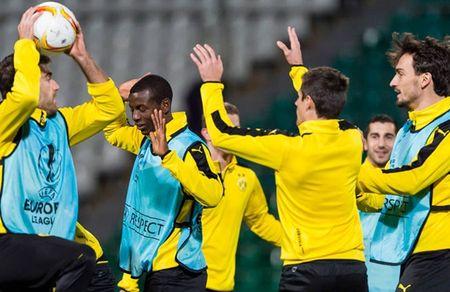 Vang Reus, Dortmund van binh than cuoi dua tai Krasnodar - Anh 6
