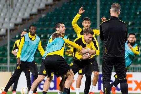Vang Reus, Dortmund van binh than cuoi dua tai Krasnodar - Anh 7