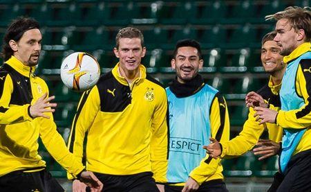 Vang Reus, Dortmund van binh than cuoi dua tai Krasnodar - Anh 8