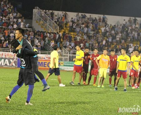 "U21 Viet Nam do guc tren san sau loat ""dau sung"" voi U21 HAGL - Anh 4"