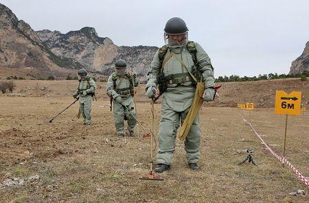 "Me man trang bi ""khung"" ra pha bom cua Cong binh Nga - Anh 3"
