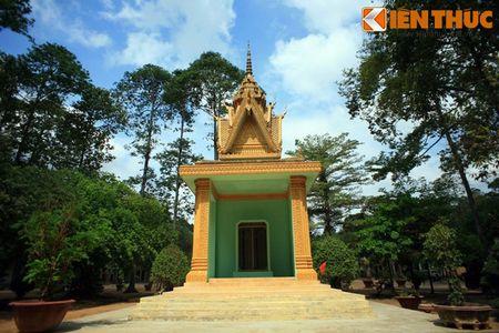 Ngam chua Hang cuc doc cua nguoi Khmer Nam Bo - Anh 14