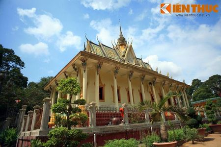 Ngam chua Hang cuc doc cua nguoi Khmer Nam Bo - Anh 1