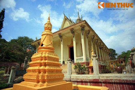 Ngam chua Hang cuc doc cua nguoi Khmer Nam Bo - Anh 2