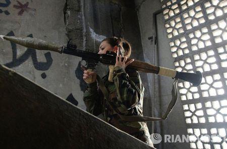 Cuoc song cua binh sy Syria cam chot o vung Dahane - Anh 6