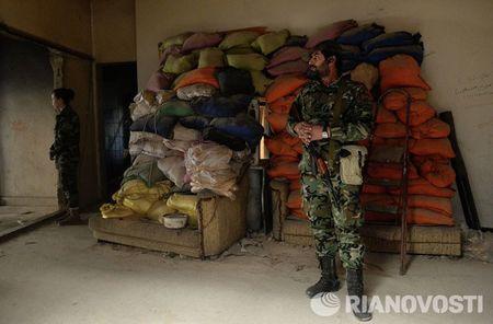 Cuoc song cua binh sy Syria cam chot o vung Dahane - Anh 8