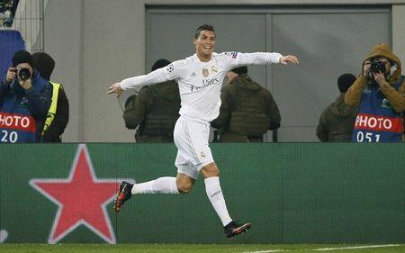 Shakhtar Donetsk 3-4 Real Madrid: Tham hoa o hang thu - Anh 1
