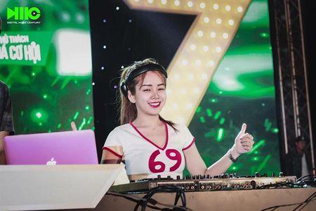 Quan quan Miss DJ 2015 xinh dep, quyen ru van nguoi me - Anh 14