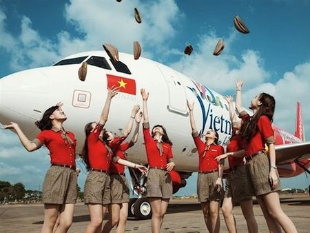 Vietjet muon mo rong thi truong tai Dong A, co the IPO trong quy I/2016 - Anh 1