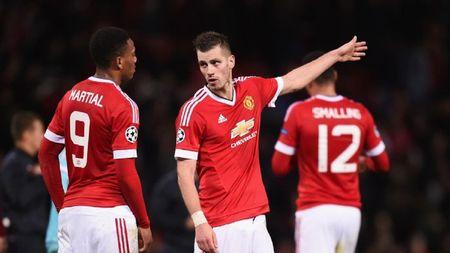 Champions League ngay 26/11: Man Utd lo co hoi, Man City mat ngoi dau - Anh 1
