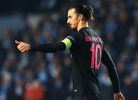 Ibrahimovic dua PSG vao vong hai, Ronaldo dau tim voi Real - Anh 3