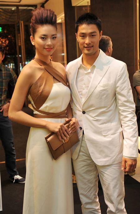 My nhan Viet vuong tin don 'phim gia tinh that' voi dien vien co vo - Anh 7