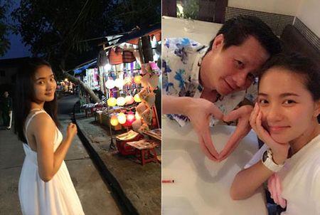 Phan Nhu Thao xin loi moi nguoi, hanh phuc di trang mat voi chong - Anh 3