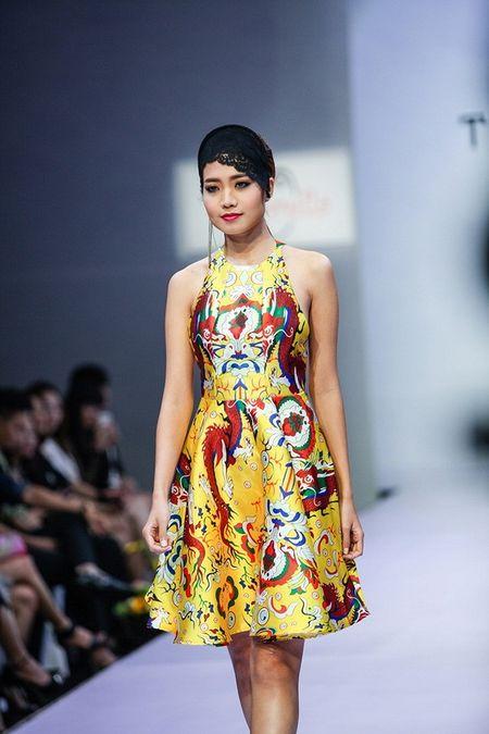 Pham Ngoc Quy tu tin toa sang ben Thanh Hang va dan my nhan dinh dam - Anh 7