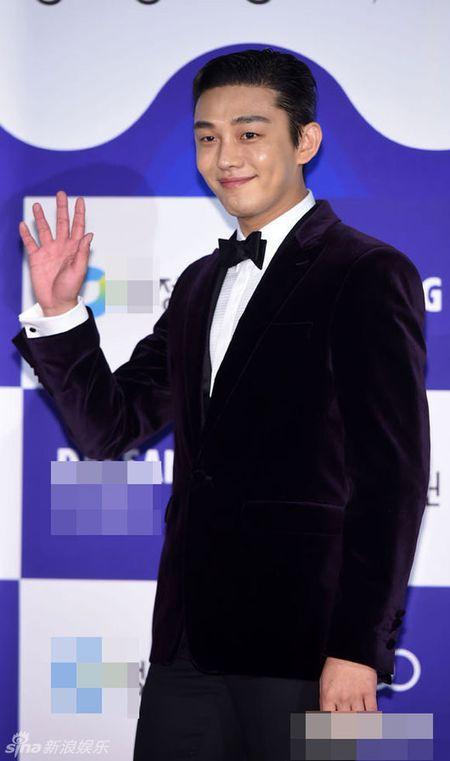 Kim Hye Soo tre trung 'vuot thoi gian' tren tham do Rong Xanh - Anh 12