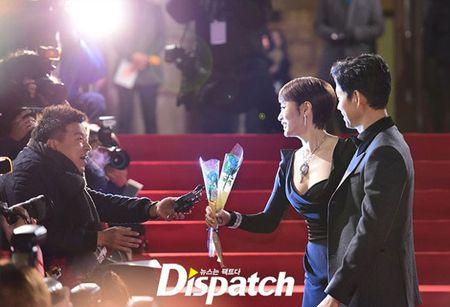 Kim Hye Soo tre trung 'vuot thoi gian' tren tham do Rong Xanh - Anh 2