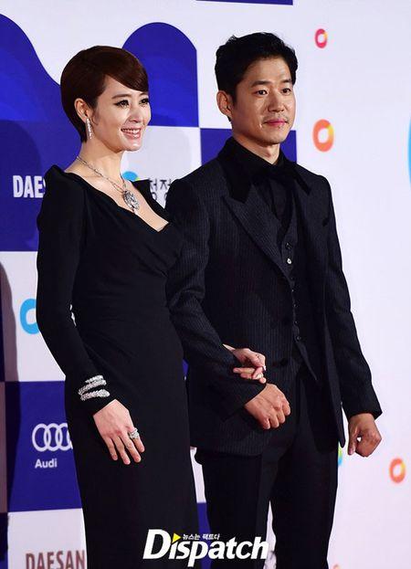 Kim Hye Soo tre trung 'vuot thoi gian' tren tham do Rong Xanh - Anh 4