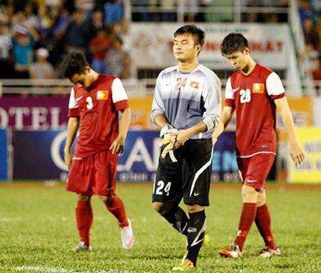 "Hang van CDV ""nin tho"" vi Cong Phuong & U21 HAGL - Anh 12"