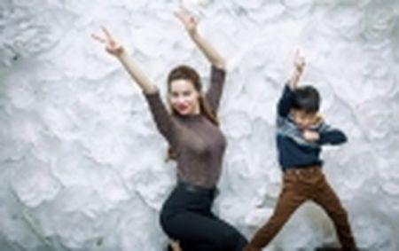 """Dung """"Nhung ke lam loi"""", MC Thuy Minh ra show moi gi? - Anh 3"""