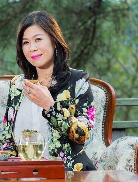 Thi the doanh nhan Ha Linh sap duoc dua ve nuoc - Anh 2