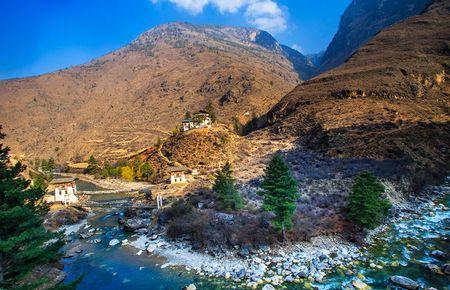 Ve dep xu so Bhutan qua goc nhin nhiep anh gia Viet - Anh 11
