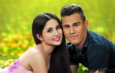 Thao Trang xac nhan da lam don ly hon voi cuu cau thu Phan Thanh Binh - Anh 1