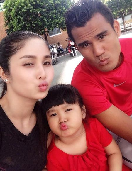 Thao Trang xac nhan da lam don ly hon voi cuu cau thu Phan Thanh Binh - Anh 2