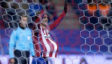 Atletico Madrid thang nhe de doat ve vao vong 1/8 - Anh 1