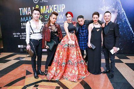 Tina Le va 10 nam ghi dau an trong lang make-up - Anh 2