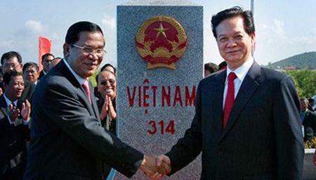 Viet Nam, Campuchia dang xay 2 cot moc bien gioi - Anh 1