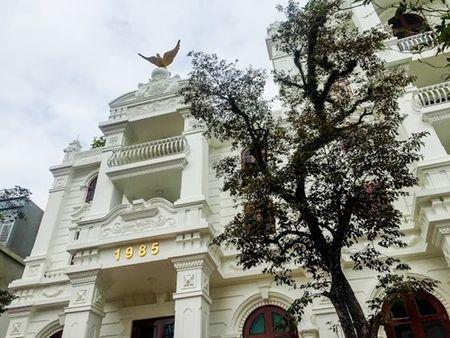 Biet thu trang long lay cua nu doanh nhan Phu Tho - Anh 1