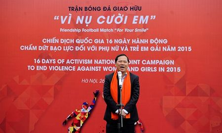 "Nu cau thu Minh Nguyet, Ngoc Cham ""so giay"" cung nam nghe sy - Anh 2"