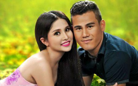 "Soc: Thao Trang - Phan Thanh Binh chinh thuc ""duong ai nay di"" - Anh 2"