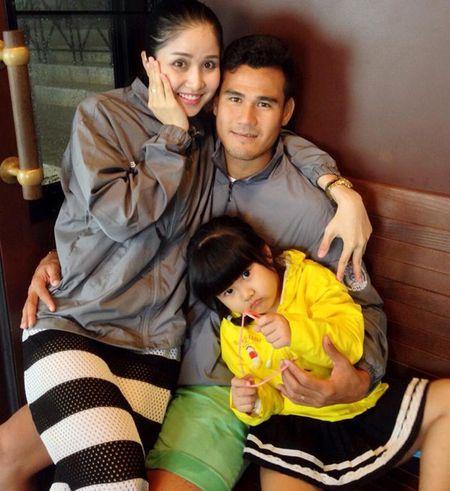 "Soc: Thao Trang - Phan Thanh Binh chinh thuc ""duong ai nay di"" - Anh 3"
