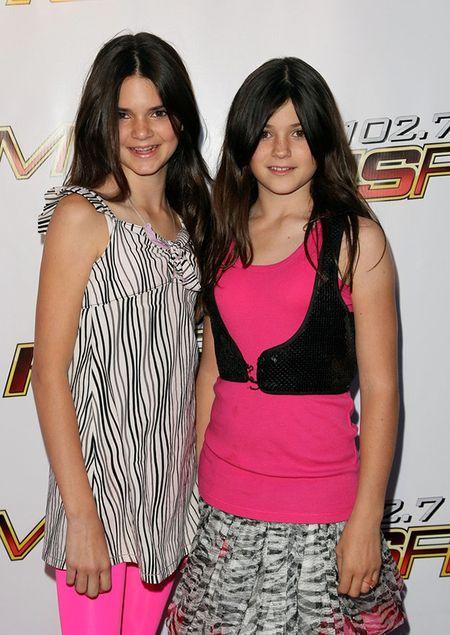 "Hoc tap gu thoi trang ""chat lu"" cua cap chi em Kendall - Kylie Jenner - Anh 4"