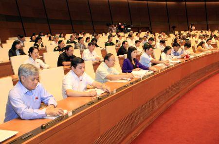 Tin nhanh (26/11) : Ong thep cuon Viet Nam bi kien ban pha gia tai My - Anh 2