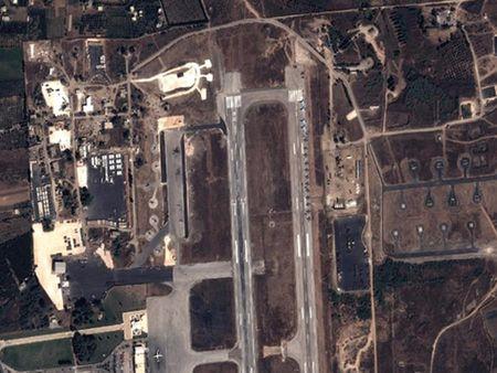 Vi sao Nga dua ten lua S-400 den Syria? - Anh 2