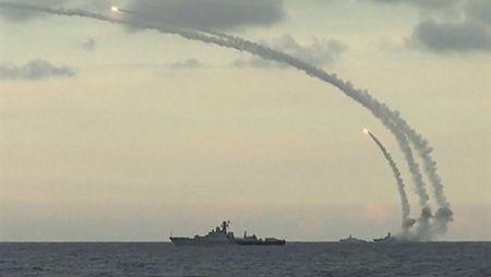 Vu khi Nga duoc dua den Syria nhu the nao? - Anh 1