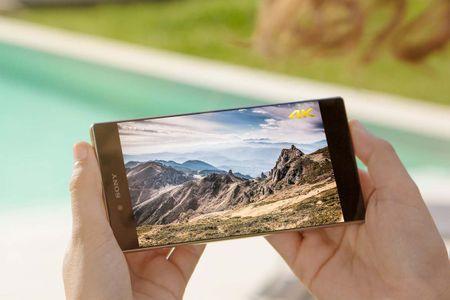 Top 4 smartphone so huu man hinh 4K sieu net, dinh nhat 2015 - Anh 1