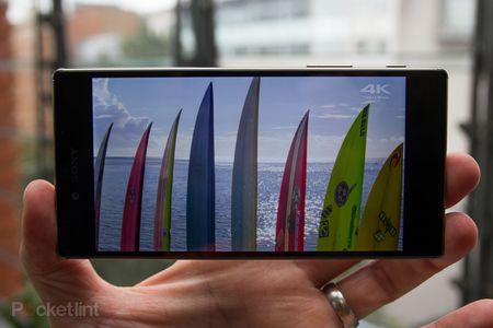 Top 4 smartphone so huu man hinh 4K sieu net, dinh nhat 2015 - Anh 5