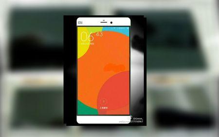 Top 4 smartphone so huu man hinh 4K sieu net, dinh nhat 2015 - Anh 8