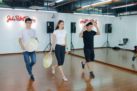 HH Pham Huong san sang du thi Hoa hau Hoan vu 2015 tai My - Anh 1