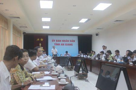 So TT&TT tinh An Giang xin loi co giao Trang vi 'su viec khong dang co' - Anh 1